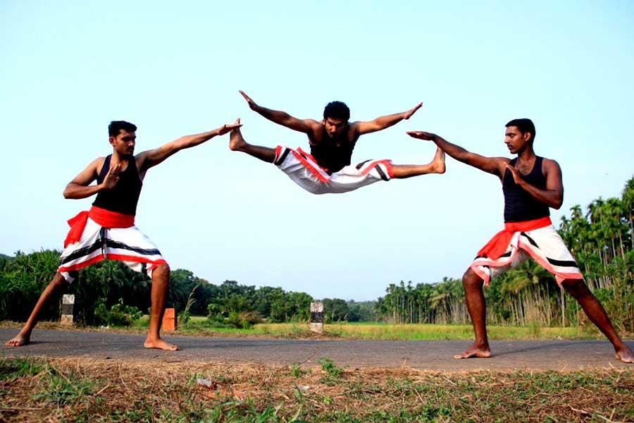 kalarippayat-north-kerala-thottada-beach-house-2